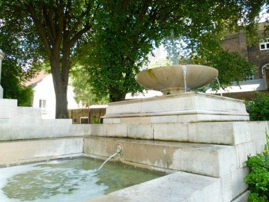 King George V Memorial