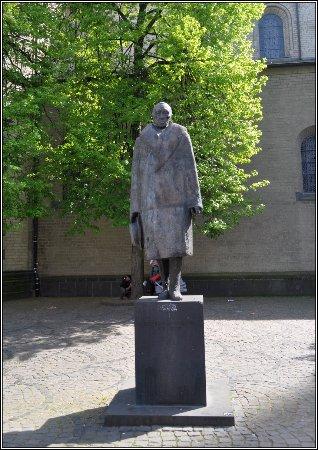 Konrad Adenauer-Denkmal