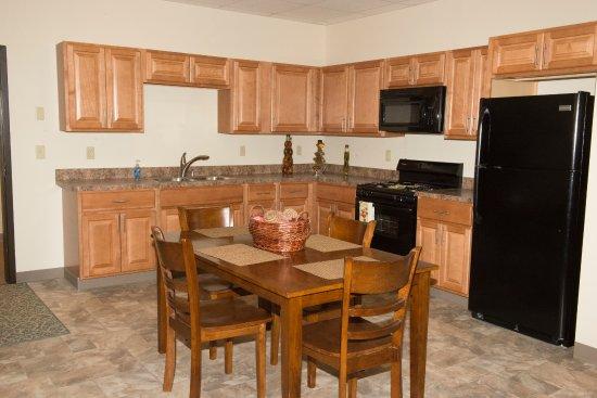 New Castle, PA: Full Kitchen