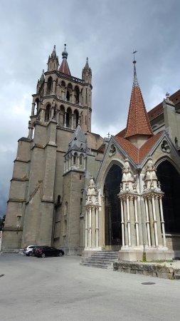 كاتدرائية لوزان: 20160714_113201_large.jpg