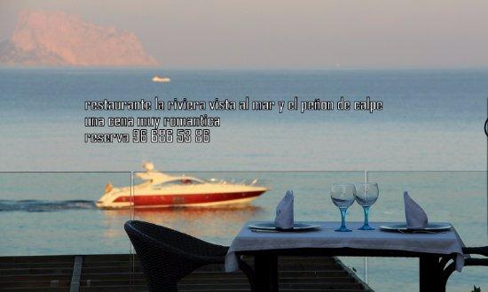 La Riviera: una mesa ensima del mar , la mesa mas romantica qe tiene el loca