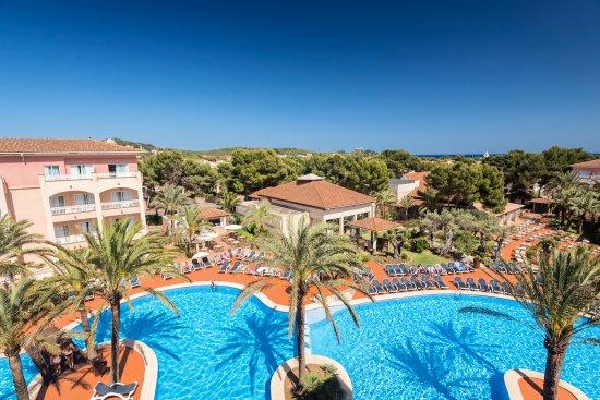 Bar photo de aparthotel green garden cala ratjada - Green garden piscina ...