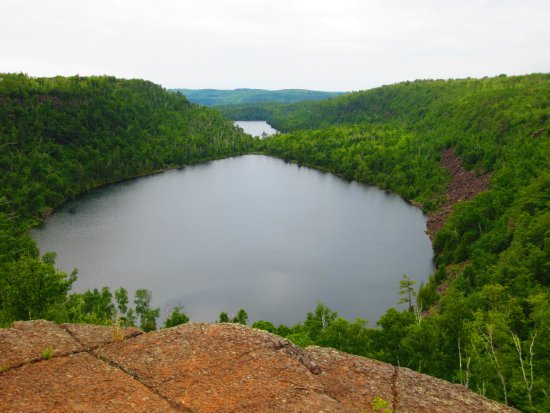 Superior Hiking Trail: Bear & Bean Lakes overlook