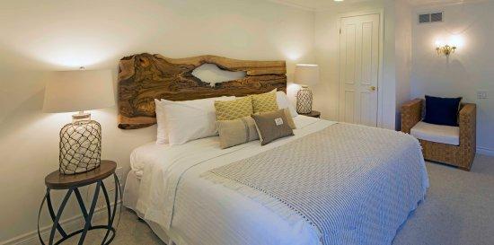Queen Regent Bed & Breakfast: West