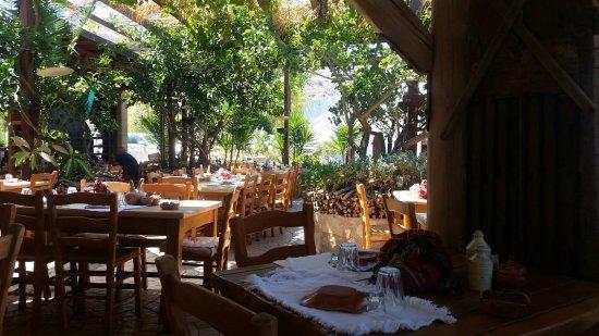 Kaliviani, Yunanistan: Gramboussa