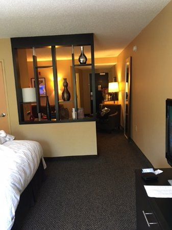 DoubleTree by Hilton Hotel Savannah Airport Picture