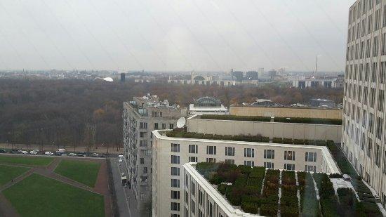 The Ritz-Carlton, Berlin: 20151125_085710_large.jpg