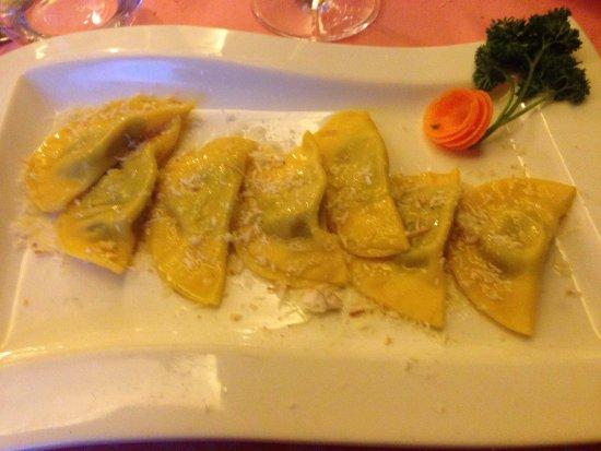 Santo Stefano di Cadore, Italy: Ottimo ristorante e camera con vista spettacolare