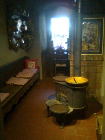 Nus, إيطاليا: Cucinetta per la polenta