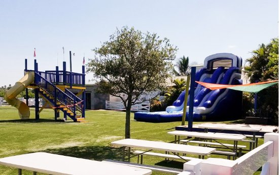 Bradenton, FL: New large Mixon park and water slide