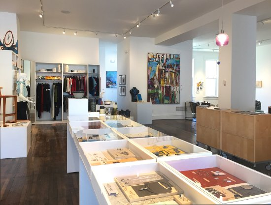 Mineral Point, WI: Art Jewelry and wearable art at Wantoot