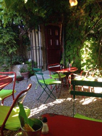 Saignon, Francia: photo1.jpg