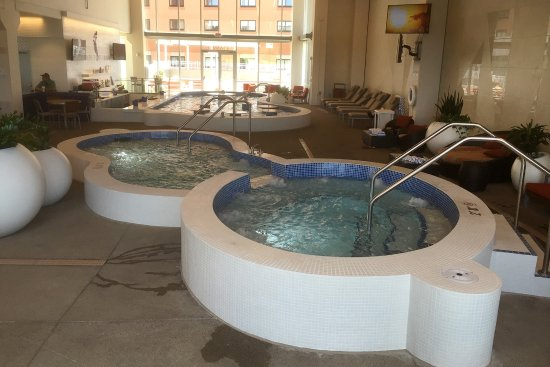 Treasure Island Resort & Casino: Treasure Island - Lagoon - Indoor Hot Tubs