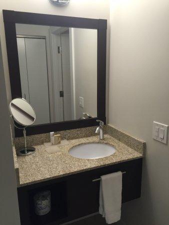 Sands Casino Resort Bethlehem : Sink outside of bathroom
