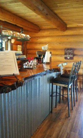 Easton, WA: Back Woods BBQ