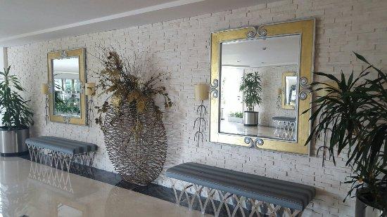 Calista Luxury Resort: 20160714_180659_large.jpg