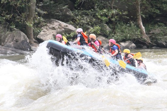 Oak Hill, Virginia Occidental: One pic of our experience captured by the onshore photographers while rafting