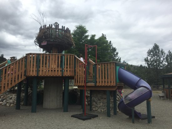Kamloops Wildlife Park: Playground