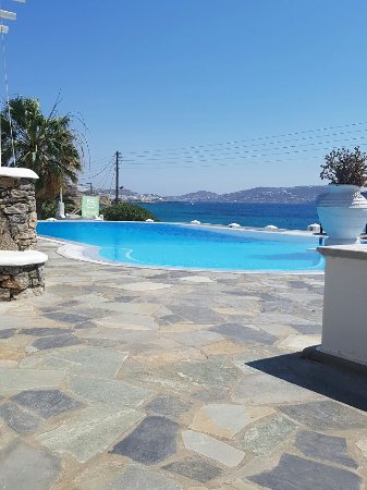 Olia Hotel: 20160630_225424_large.jpg