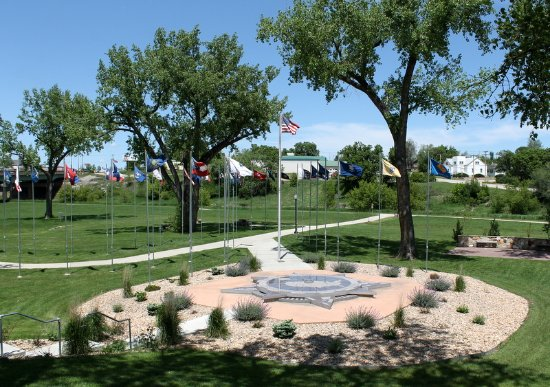 Belle Fourche, SD: Center of the Nation monument and flags