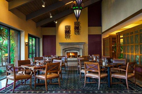 Rohnert Park, Californien: Bacchus Restaurant & Wine Bar