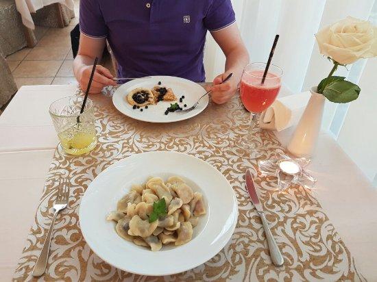Nadiya Hotel & Restaurants: 20160714_201455_large.jpg
