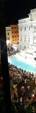 Relais Fontana Di Trevi: 20160712_222515-1_large.jpg