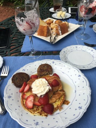 Orange, VA: Croissant French Toast