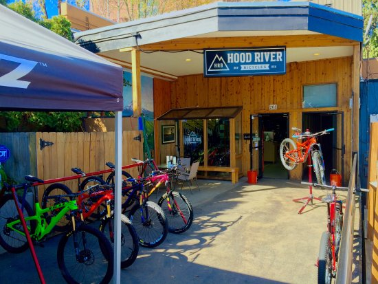 Pick form any high end Mtn bikes to demo in Hood River