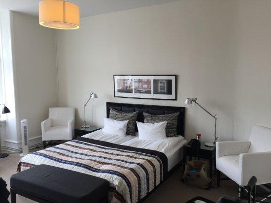 Avenue Hotel Copenhagen: spacious room