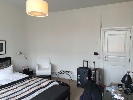 Avenue Hotel Copenhagen: clean and spacious room
