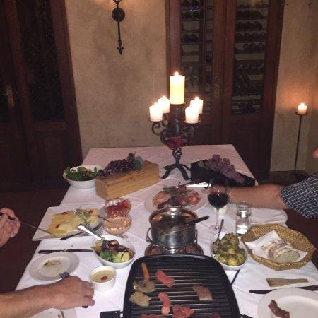Oliver's Restaurant & Lodge: photo0.jpg