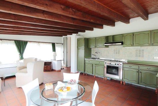 depandance zona cucina - Picture of Rechigi Park Hotel, Modena ...