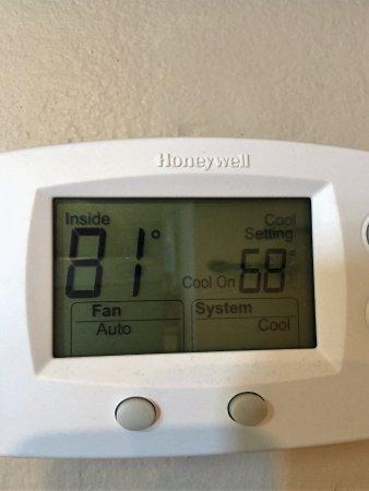 Regatta : 0ur condo temperature
