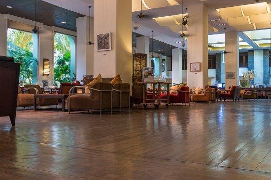 PARKROYAL Penang Resort, Malaysia: Lobby