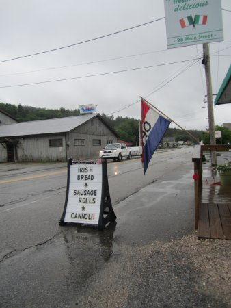 Ludlow, VT: We were curious about the Sausage Roll.....it was wonderful!