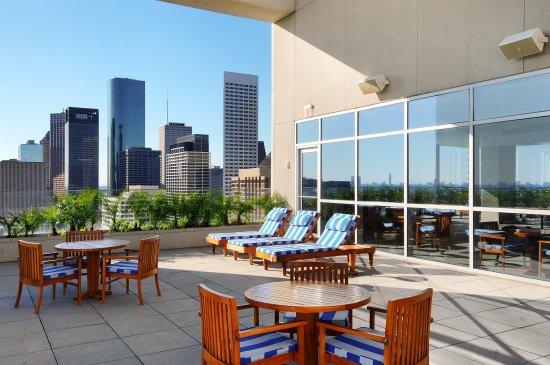 Hilton Americas - Houston: Skyline Terrace