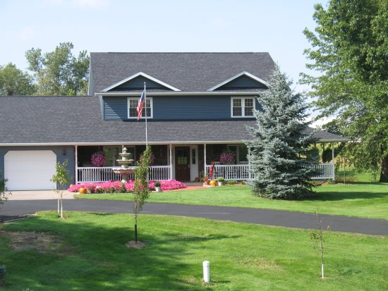 Kalona Bed & Breakfast