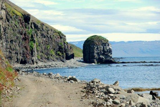 Thingeyri, Islandia: Svalvogar 2016