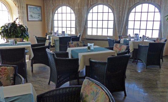 Seeschloesschen Hotel: Der etwas kleinere Speisesaal, wo wir mit unseren Hunden andere Gäste nicht gestört haben