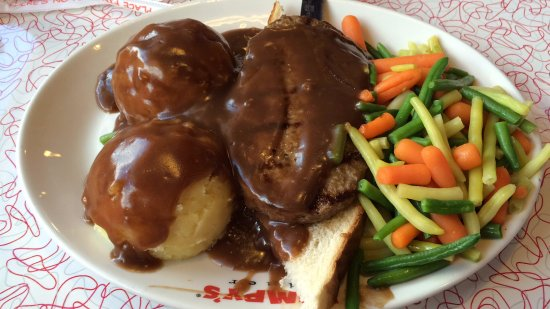Brantford, Канада: Hot Hamburger with mashed potatoes and mixed veggies on the side