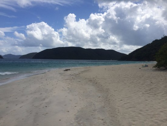 Cinnamon Bay : View to the East (Mid Morning)