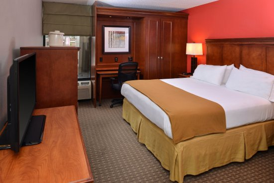 Crestwood, IL: Enjoy complimentary WiFi in all rooms.