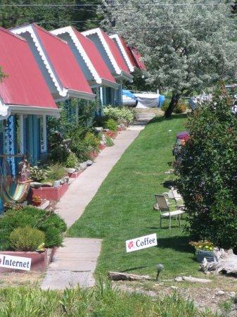 Bigfork, MT : The Islander Inn