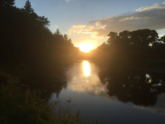 Auldgirth, UK: Sunset from front of Hotel