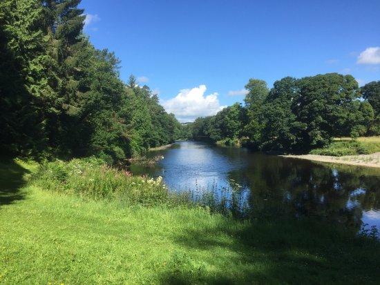 Auldgirth, UK: View upstream