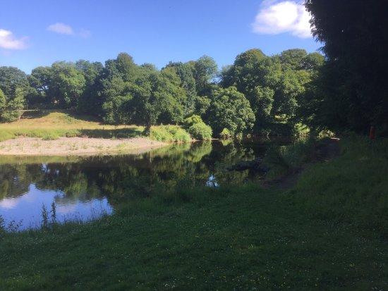 Auldgirth, UK: View Downstream