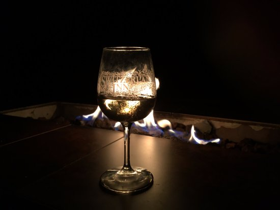 Chalet Restaurant: take a stroll afterwards to their outside fire-pit with your glass of wine