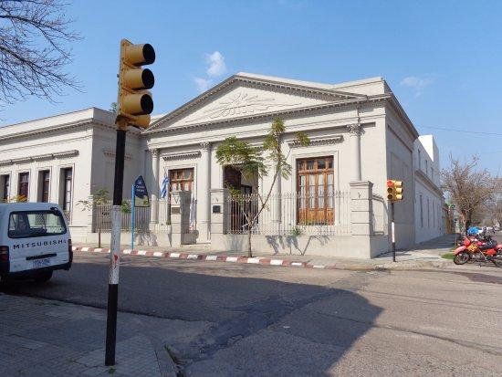 Paysandu, Uruguay: frente del edificio