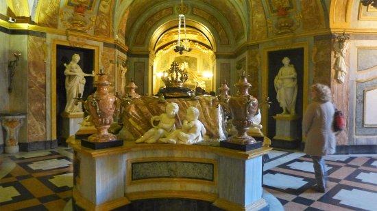 Le Tombe Reali